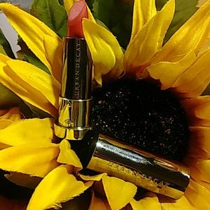 Urban Decay Makeup - DELUXE SIZE URBAN DECAY LIPSTICK